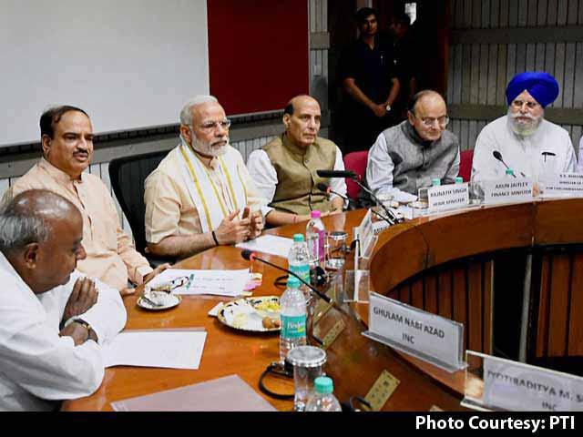 Video : PM Modi Says States Should Crack Down On Cow Vigilantes