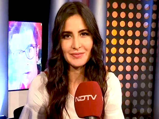 Video : Katrina Kaif Lends Her Support To Behtar India Campaign
