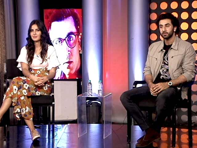 Video : Katrina And Ranbir Voices Their Support For Behtar India Campaign