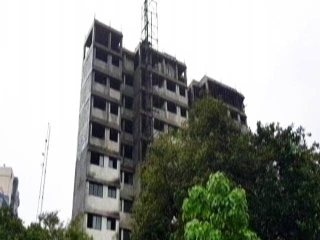 Video : मुंबई में 70 इमरतों की ऊंचाई कम करने के डीजीसीए ने दिए आदेश