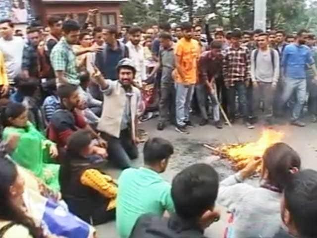 Video : रेप और मर्डर के बाद शिमला में थम नहीं रहा प्रदर्शन