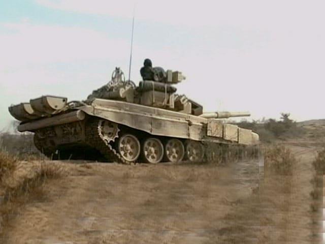 Video : गोला-बारूद की भारी कमी से जूझ रही है भारतीय सेना : सीएजी रिपोर्ट