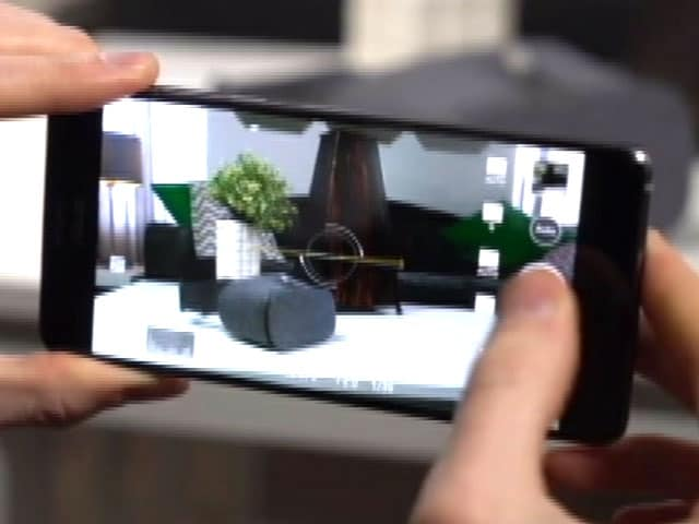 Video : A Mix of AR and VR