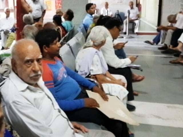 Video : मरीजों को भुगतना पड़ रहा है डॉक्टरों की कमी का खामियाजा : सीएजी रिपोर्ट