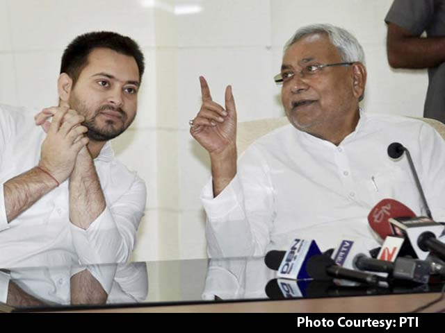 Video : Nitish Kumar Says 'Impossible For Me To Work' In This Situation