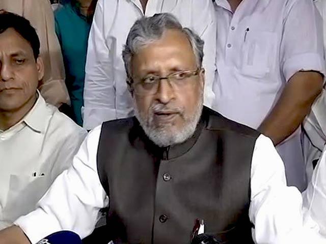 Videos : नीतीश का इस्तीफा : सुशील मोदी ने कहा- हम बिहार में मध्यावधि चुनाव नहीं चाहते हैं