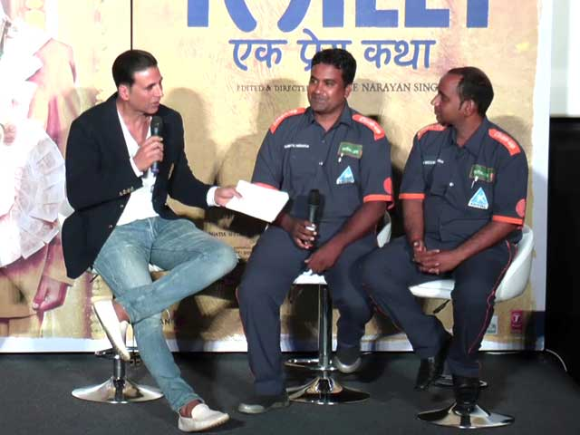 Video : Akshay Kumar Highlights Woes of BMC's Clean-Up Marshals
