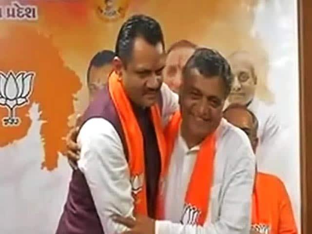 Video : MoJo: गुजरात में दो दिन में कांग्रेस के 6 विधायकों ने दिया इस्तीफा