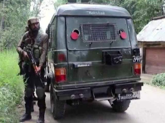 Video : 2 Terrorists Killed In Jammu And Kashmir's Pulwama, Operation On