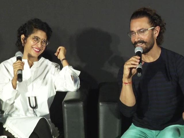 Video : Aamir Khan & Kiran Rao Sing <i>Aati Kya Khandala</i>