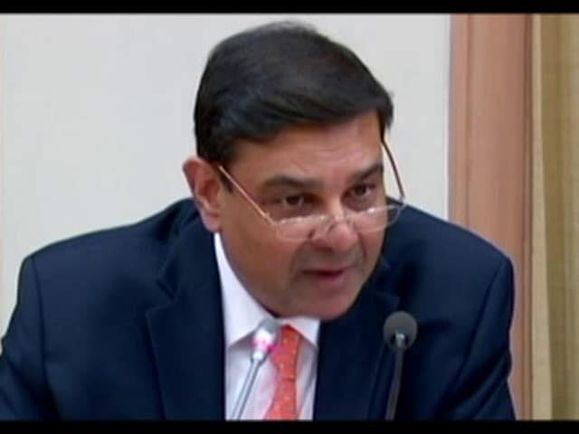 Video : RBI Cuts Lending Rates, Lowest Since 2011