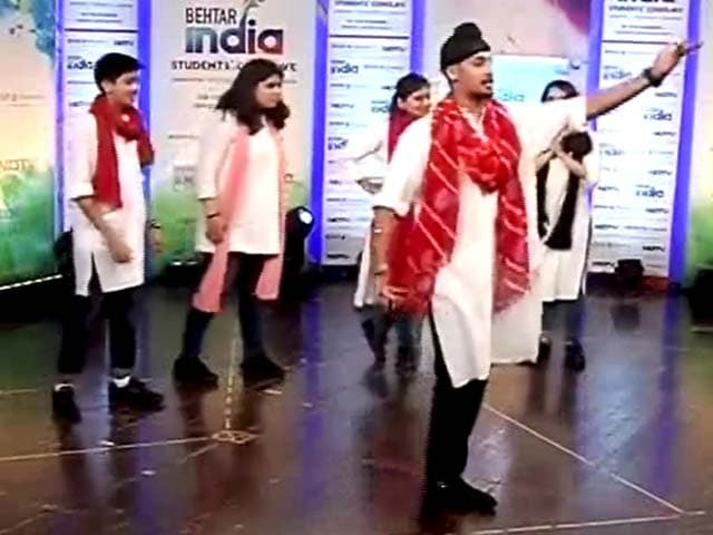 Video : Make India Dengue Free, Advise Students In A Skit Performance