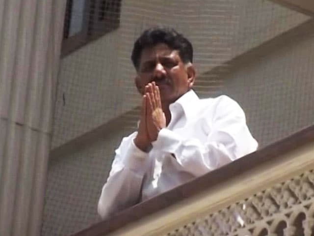 Video : 'They Question Him Till 2 am': Karnataka Minister's Family On I-T Raids