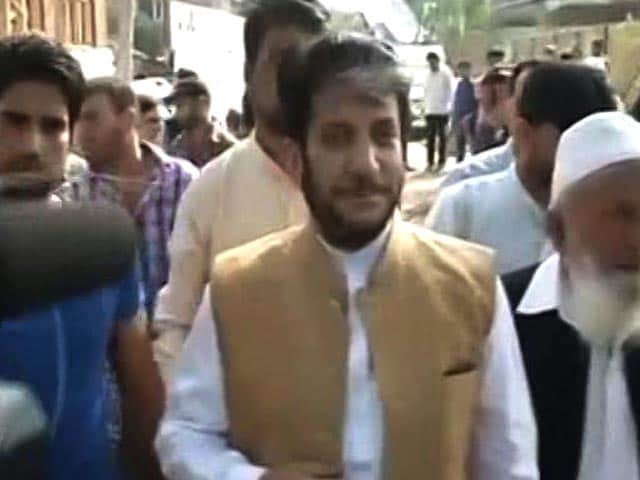 Video : Alleged Hawala Dealer Aslam Wani Arrested In Case Involving Shabir Shah