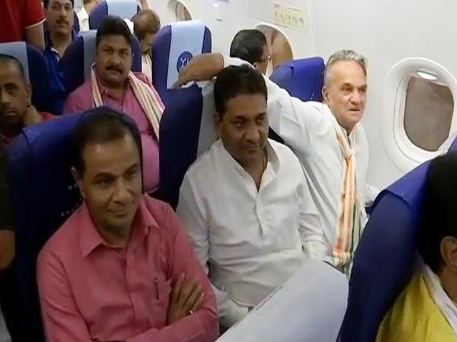 Video : Good Evening इंडिया: राज्यसभा चुनाव के लिए गुजरात लौटे कांग्रेस विधायक