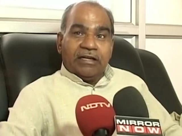 Video : Bank Officials Must Learn Kannada Or Be Booted Out, Says Karnataka Body