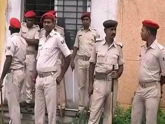 Videos : बिहार में आरजेडी नेता केदार राय की गोली मारकर हत्या
