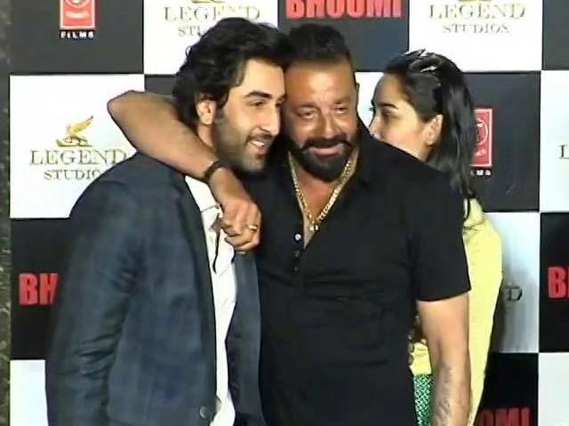 Video : When Sanjay Dutt Mocked Ranbir Kapoor At His Gym