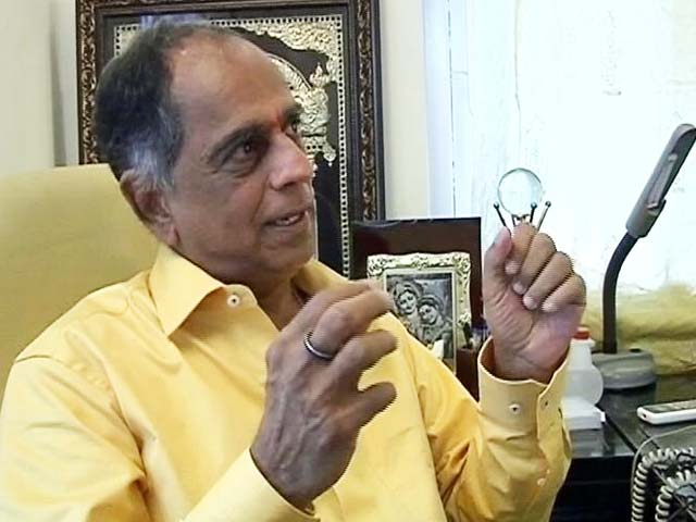 Video : Pahlaj Nihalani Sacked As Censor Chief, Prasoon Joshi To Replace Him