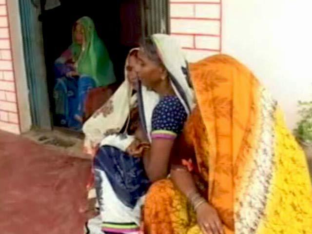 Videos : गोरखपुर मेडिकल कॉलेज की बदइंतजामी ने उजाड़ी कई परिवारों की दुनिया