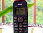 सेल गुरु:  Detel लेकर आया 299 रुपये में शानदार फीचर फोन