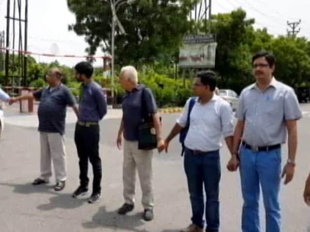 Videos : प्रॉपर्टी इंडिया: दिवालिया घोषित होगी जेपी इंफ्राटेक, क्या होगा ग्राहकों का...