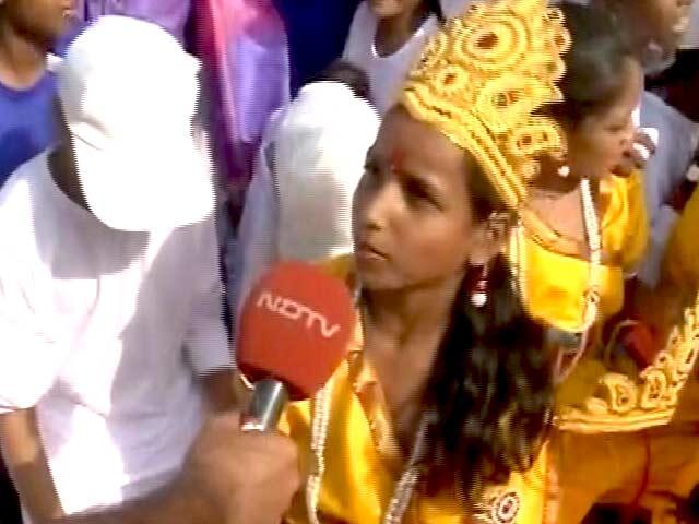 Video : 'पीएम मोदी सर ने मुझे सेना में जाने को कहा है...'
