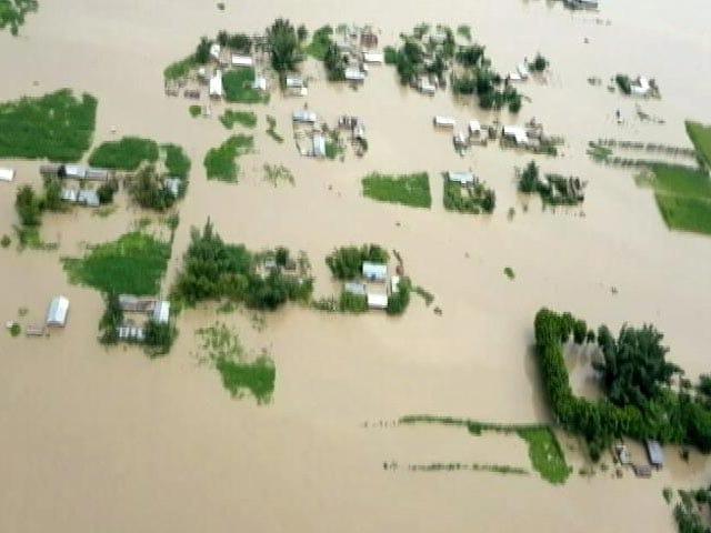 Video : असम में बाढ़ से अब तक 133 लोगों की जान गई