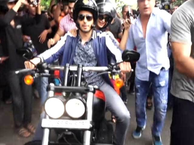 Watch: Sidharth & Jacqueline's Bike Ride On The Streets Of Mumbai