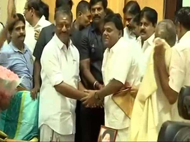 Video : Merger Done, OPS Is Deputy Chief Minister, Wins Sasikala Point