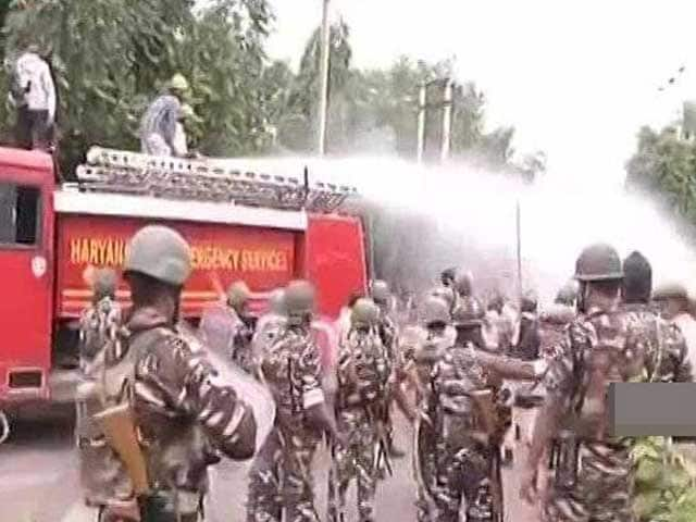 Video : As Panchkula Brought To Knees By Ram Rahim Sect, Army Called In