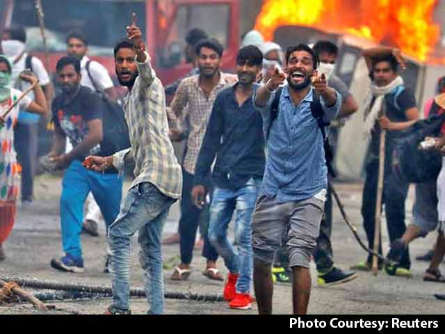 Video : 31 Dead In Clashes After Ram Rahim Verdict, Cops, Army On Alert