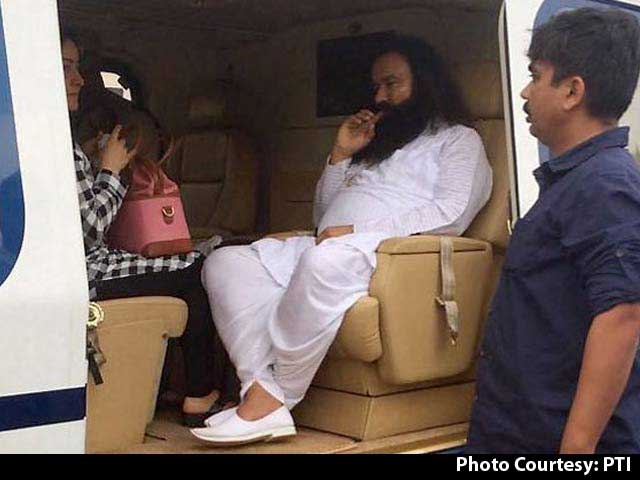 Video : Ram Rahim Gets 20 Years In Jail For 2 Rape Cases