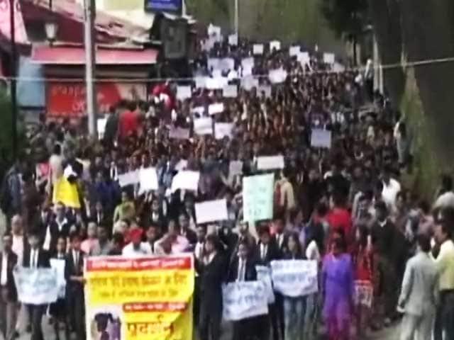 Video : शिमला गैंगरेप मामले में 8 पुलिसवाले गिरफ़्तार