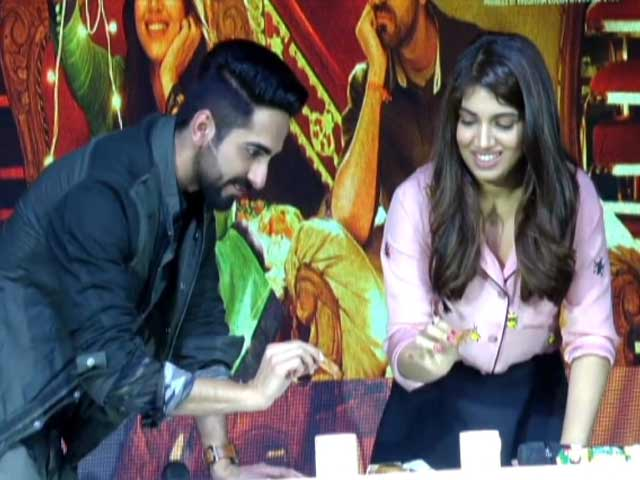 Video : Ayushmann And Bhumi Take The <i>Chai Biscuit</i> Challenge
