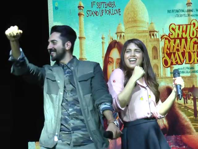 Video : Watch: Ayushmann And Bhumi Shake A Leg At A College Festival