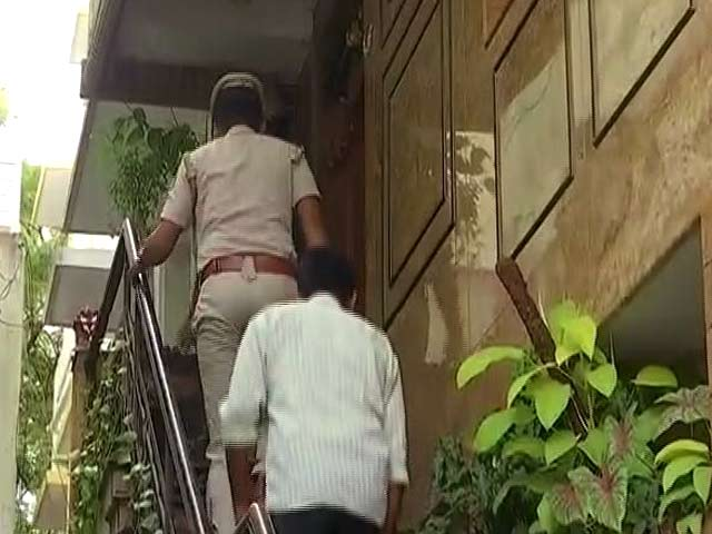 Video : DK Shivakumar Case: Income Tax Department Conducts Raids At 10 Locations