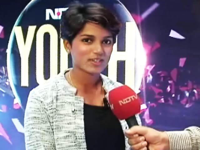 Videos : वर्ल्ड कप में भारत को जीत दिलाने की कोशिश जारी रहेगी: पूनम राउत