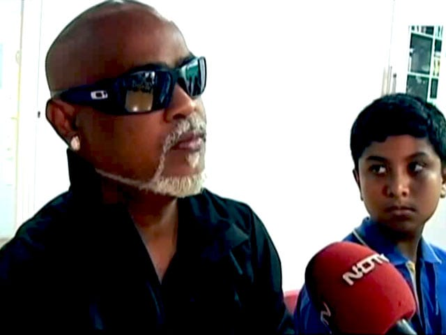 Video : Vinod Kambli Lends His Support To Behtar India Campaign