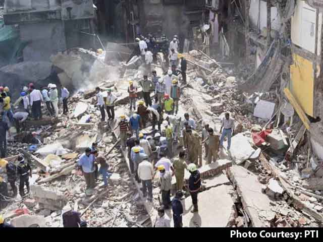 Video : Number Of Dead In Mumbai Building Collapse Rises To 34