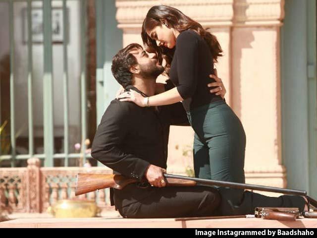 First Impressions of Ajay Devgn & Emraan Hashmi Starrer Baadshaho