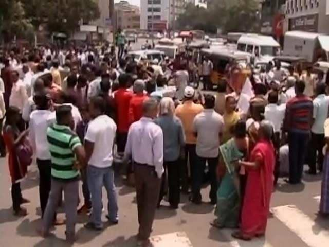Video : Protests Across Tamil Nadu After Student Who Fought NEET Exam Kills Self