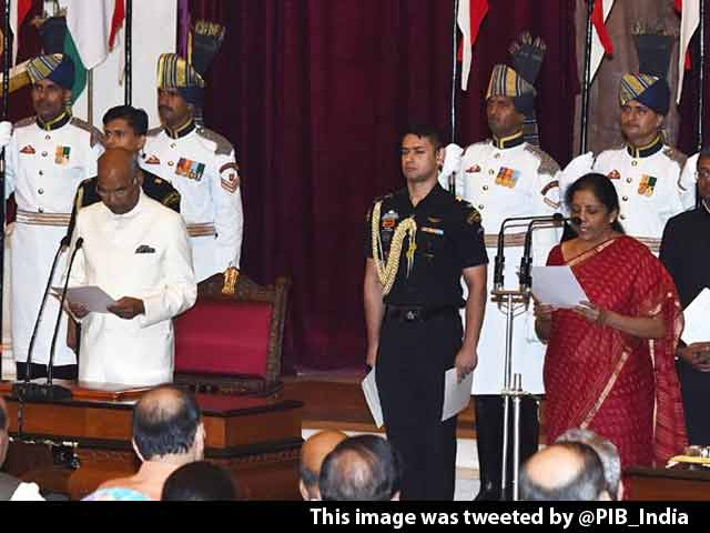 Video : Nirmala Sitharaman Is India's New Defence Minister
