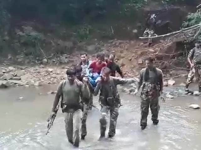 Video : Security Men Found Her Sick By The Road, Carried Her On Foot For 7 Km