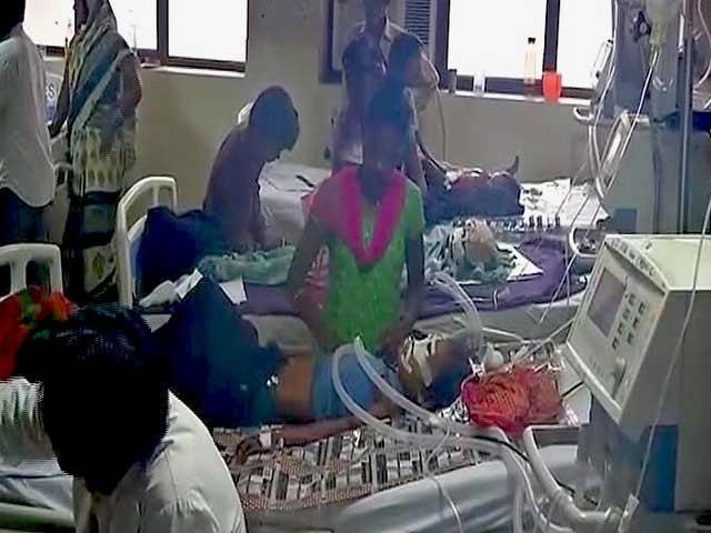 Videos : नेशनल रिपोर्टर: फ़र्रुख़ाबाद में बच्चों की मौत पर सियासत तेज
