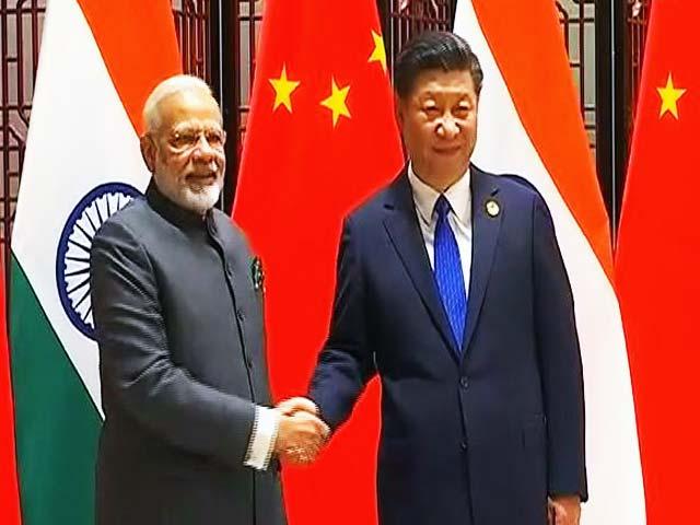 Videos : पीएम मोदी और चीन के राष्ट्रपति शी शिनफिंग के बीच हुई मुलाकात