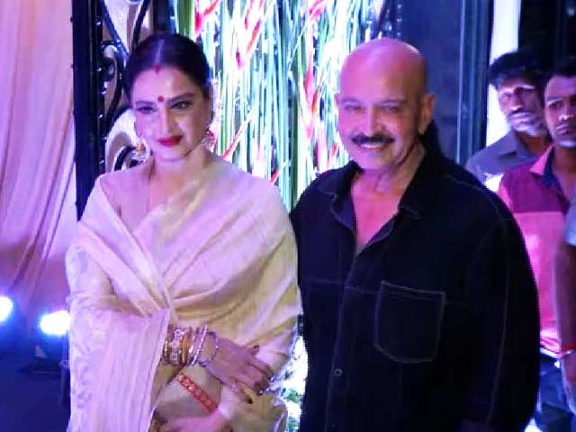 Hrithik, Rekha & Other Celebs At Rakesh Roshan's Birthday Bash