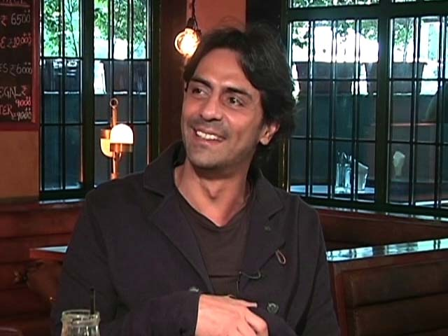 Video : Arjun Rampal Talks About His Film <i>Daddy</i>