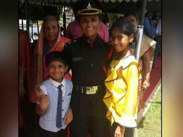 Video : Wife Of Army Officer, Who Died A Hero, Becomes A Lieutenant