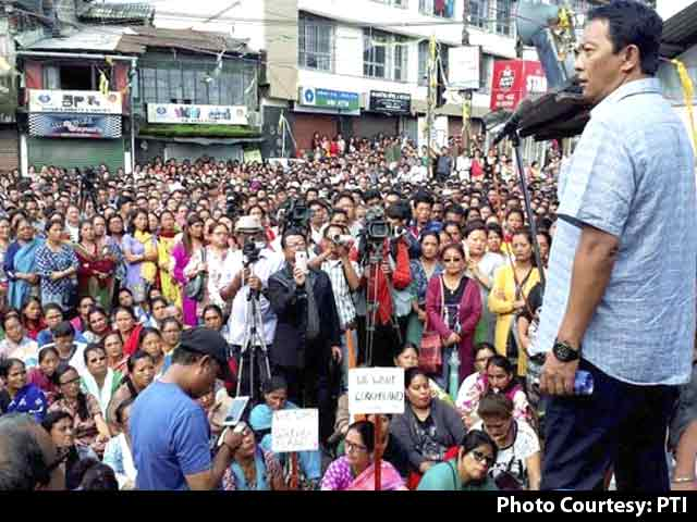 Video : Shops Open In Darjeeling; All Eyes On Tomorrow's All-Party Meeting